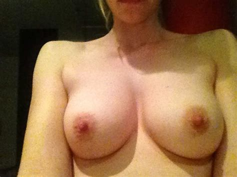 Riki Lindhome Nude Leaked Photos Scandal Planet