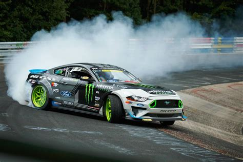 Ford Mustang Drift Nuerburgring by Ford Mustang Drifts The Entire Nurburgring Automotive