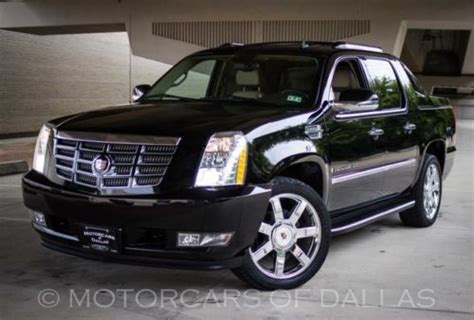 the cadillac escalade ext might come back for 2017 model year find used 2009 cadillac escalade ext navigation sat radio