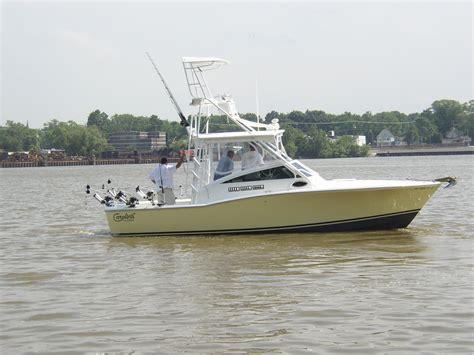Boat Trader Carolina Classic 28 by Carolina Classic 28 The Hull Boating And Fishing