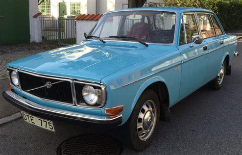 Volvo Automobiles by Volvo 144 De Luxe Year Model 1972 Volvo 140 Volvo