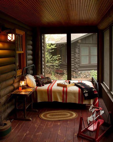 chambre veranda la veranda moderne transformée en coin de sommeil estival