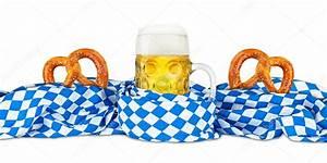 Oktoberfest Blau Weiß Muster Brezel : bayerische fahne brezel und bier stockfoto stockfoto graf 84488014 ~ Watch28wear.com Haus und Dekorationen