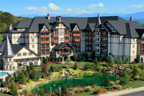 the inn at christmas place pigeon forge tn 2018 hotel
