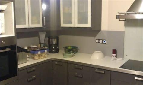 prise electrique design cuisine pose credence cuisine prise electrique crédences cuisine