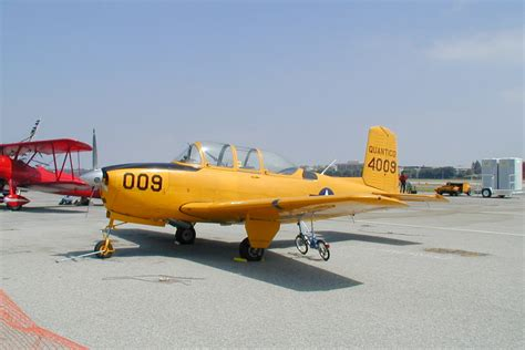 Beechcraft T-34A Mentor specifications and photos