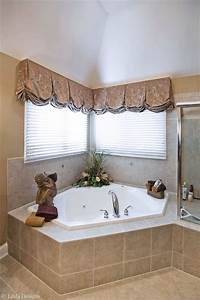 window treatments for bathrooms Bathroom Window Treatments - Traditional - Bathroom ...