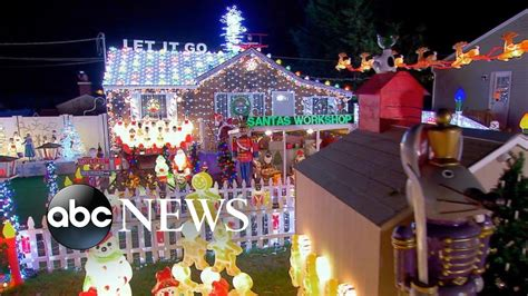 largest christmas lights displays photos tis the season for competing for the lights displays