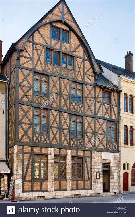 maison jeanne d arc la maison jeanne d arc joan of arc s house in the city centre stock photo royalty free image