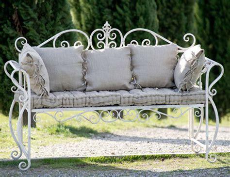 divanetto in ferro battuto divanetto provenzale bianco antico etnico outlet mobili etnici