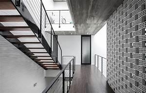 7x18 House / AHL architects associates | ArchDaily