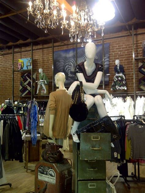 23 best images about thrifting 1000 images about consignment thrift store displays on pinterest diy s cut outs and felt