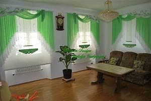 Gardinen Grün Weiß : gewellter schr g schiebevorhang mit schal in gr n wohnzimmer gardinen deko ~ Whattoseeinmadrid.com Haus und Dekorationen