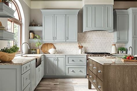 relaxed manor kitchen remodel home kitchens kraftmaid