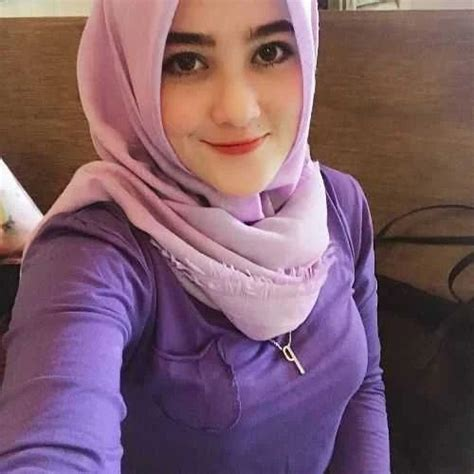 Aku sempat memutar otak dengan keadaan ini dan bertanya dalam hati, suami mereka itu gimana. Janda Muslimah Jawa Timur Cari Suami   Cari Jodoh Terbaru ...