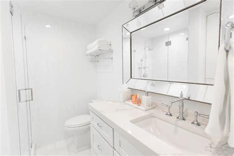 White Bathroom Decor Ideas by White Marble Bathroom Decor Ideas Home Redesign