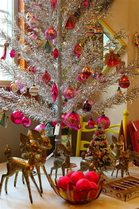vintage christmas decor vintage christmas decor mostly vintage holiday ideas diy and d