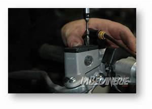 Comment Purger Ses Radiateurs : purger des freins de moto entretien freins disque la ~ Premium-room.com Idées de Décoration