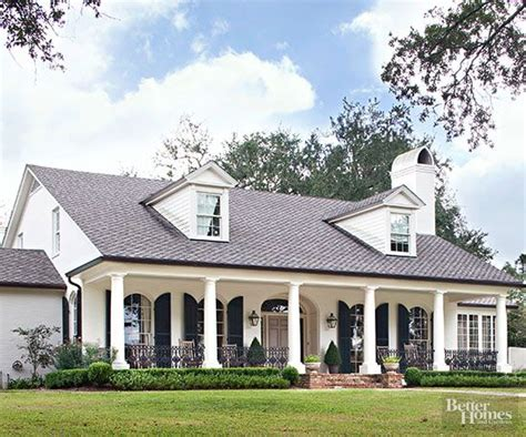 25 best ideas about colonial style homes on