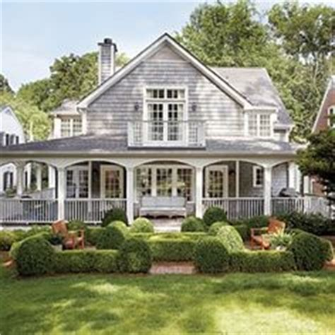 Plantation House Plans With Wrap Around Porch by 1000 Ideas About Southern Homes On Pinterest Southern
