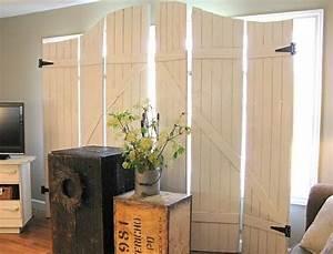 Fensterläden Selber Bauen : 30 raumteiler ideen aus holz verleihen eine nat rliche note nestw rme raumteiler raum und ~ Frokenaadalensverden.com Haus und Dekorationen