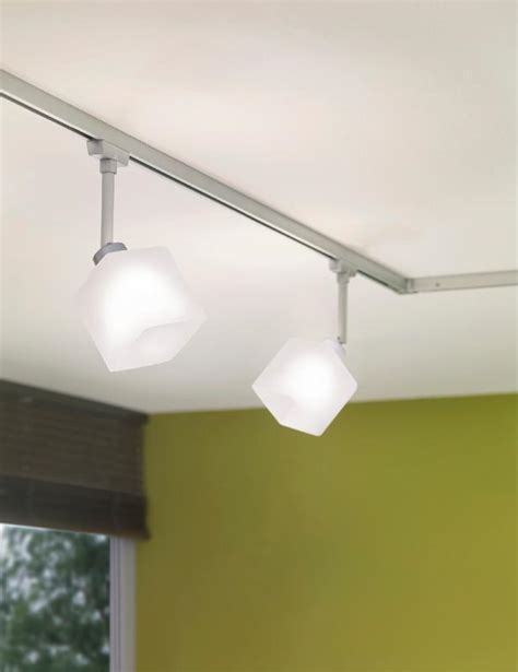 eclairage sur rail plafond eclairage tableau eclairage sur rail plafond halog 232 ne kit eclairage u rail paulmann