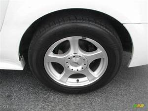 2003 Ford Mustang V6 Coupe Wheel Photo #39871035 | GTCarLot.com