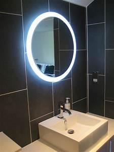 Großer Schminkspiegel Mit Beleuchtung : spiegel oval mit beleuchtung wg89 hitoiro ~ Bigdaddyawards.com Haus und Dekorationen