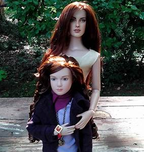 My own Renesmee with my OOAK Bella. | My Favorite Tonner ...