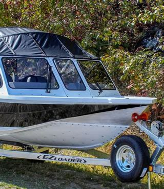 Jet Boat Uhmw by What To Look For When Buying A Used Jet Boat