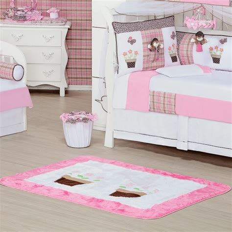 tapis pour chambre de b tapis chambre bébé idées de déco sympa et originale