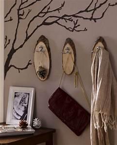 Ideen Mit Baumscheiben : garderobe aus baumscheiben ~ Lizthompson.info Haus und Dekorationen