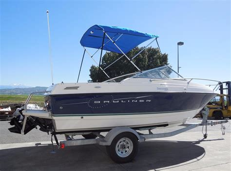 Bayliner Discovery Boats by 2010 Used Bayliner 192 Discovery192 Discovery Cuddy Cabin
