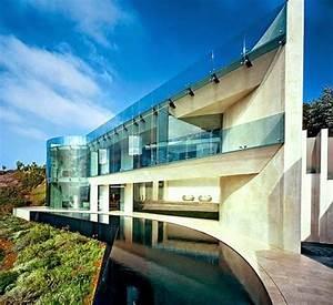 10 Crazy Cool Beach Houses Around The World