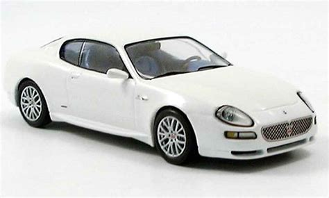 white maserati 2003 maserati coupe white 200 interior and exterior images