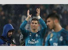 Juventus fans applaud Cristiano Ronaldo's bicycle kick 6