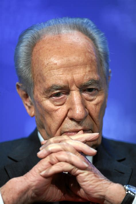 Shimon Peres: «Iranian nuclear bomb like a flying death