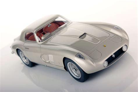 This classic ferrari was commissioned by italian movie director roberto rossellini for his famous wife, movie star ingrid bergman. Ferrari 375 MM Ingrid Bergman 1:18   Looksmart Models
