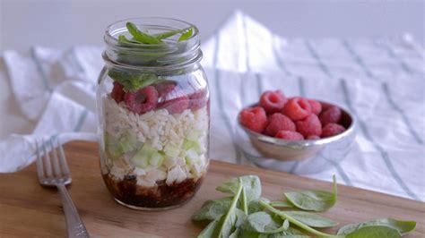 cuisine en pot j salade en pot aux 233 pinards et aux framboises cuisine fut 233 e parents press 233 s zone vid 233 o t 233 l 233
