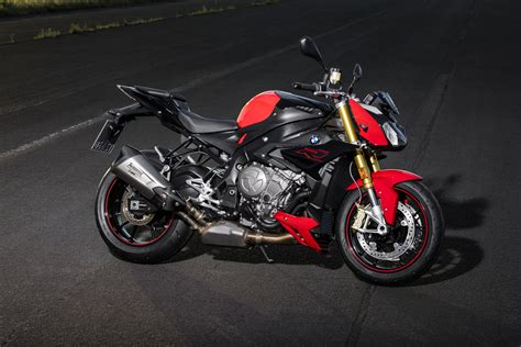 Bmw S1000r Image by Wallpaper Bmw S1000r 2017 4k Automotive Bikes 7483