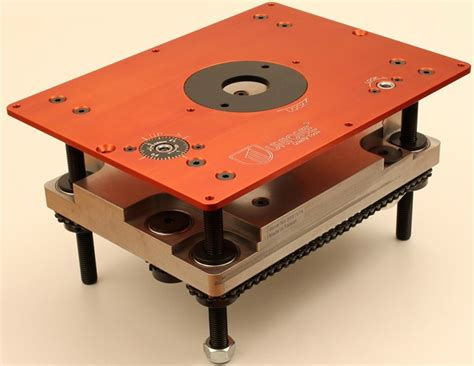 cws store router lift mounting plate