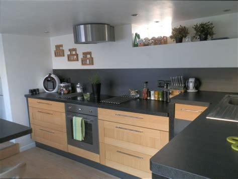 cuisine plan de travail noir cuisine bois cuisine bois et plan de travail noir