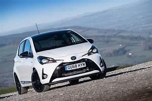 Toyota Yaris Sport : toyota yaris gr sport suspension and interior upgrades for hybrid hatch evo ~ Medecine-chirurgie-esthetiques.com Avis de Voitures