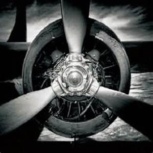 Glasbild Schwarz Weiß : cooles glasbild von novel flugzeugrotor in schwarz wei ~ A.2002-acura-tl-radio.info Haus und Dekorationen