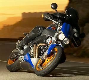 Fiche Moto 12 : buell xb 12 s lightning 2005 fiche moto motoplanete ~ Medecine-chirurgie-esthetiques.com Avis de Voitures