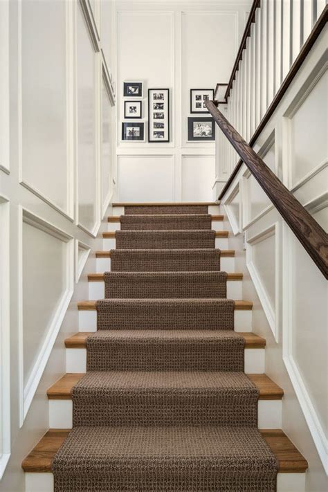 Best Type Of Flooring For Stairs by Best 25 Carpet Stair Runners Ideas On Stair