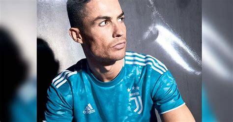 Juventus Away Kit 2018 19