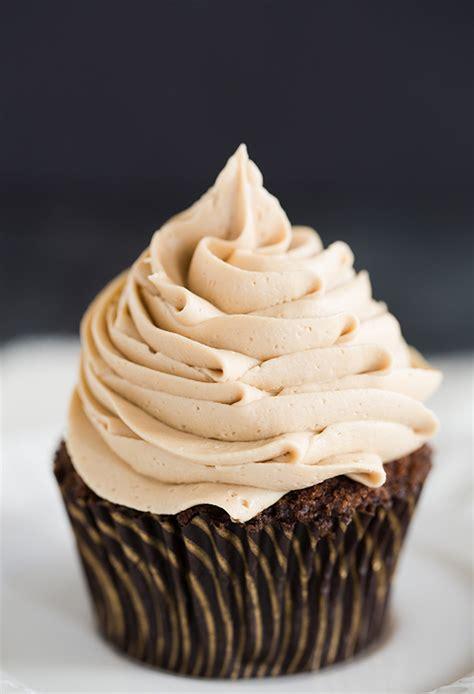 Permalink to Chocolate Cake Orange Frosting