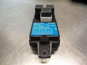 Used Volvo V40  Vw  1 8 16v Fuse Box