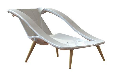 Sedia A Forma Di Sedere Poltrona O Sdraio La Sedia Trasformabile Design